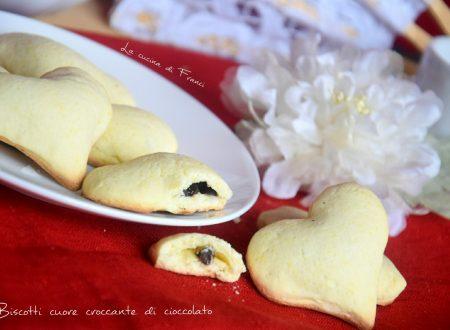 Biscotti cuore croccante di cioccolato