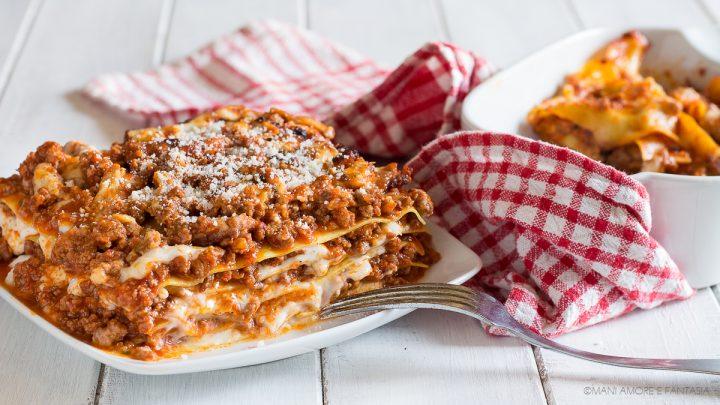 pasticcio di lasagne al ragù con pasta fresca