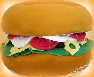 Cake Design Ricette Torte : Torta hamburger... 18 ANNI! Mani amore e fantasia