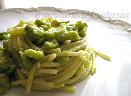 Spaghetti con macco di fave fresche