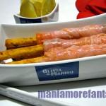 aperitivo di grissini al salmone