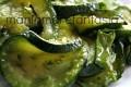 Contorno di zucchine trifolate al microonde, ricetta light
