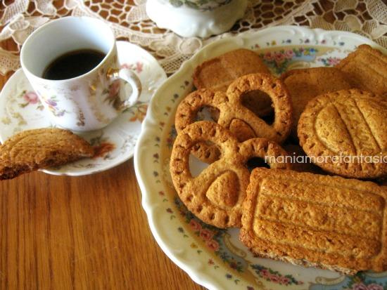 biscotti integrali al miele senza burro