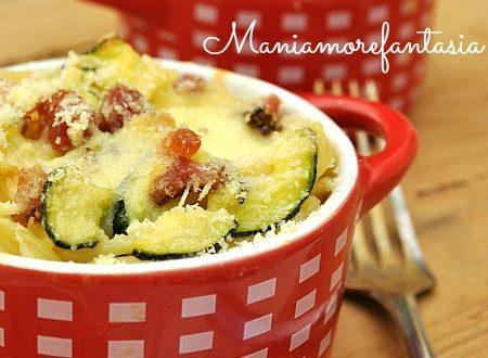 Timballo di spaghetti con zucchine e pancetta