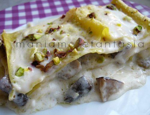 Lasagne ai funghi, gorgonzola e pistacchi