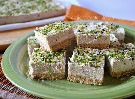 Cheesecake salata mortadella e pistacchi, senza cottura