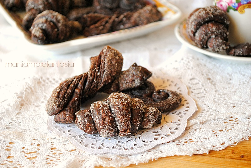biscottini di pasta sfoglia al cacao, ricetta pasta sfoglia al cacao