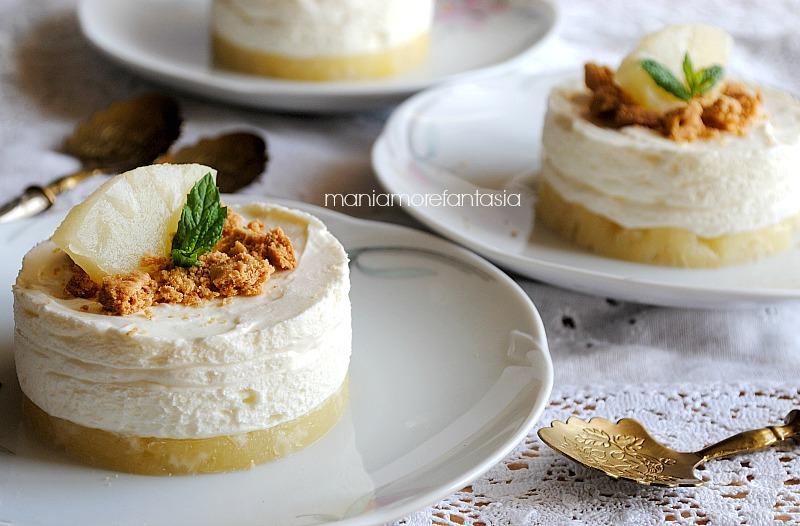"""cheesecake all'ananas monoporzione """"sottosopra""""cheesecake all'ananas monoporzione"""