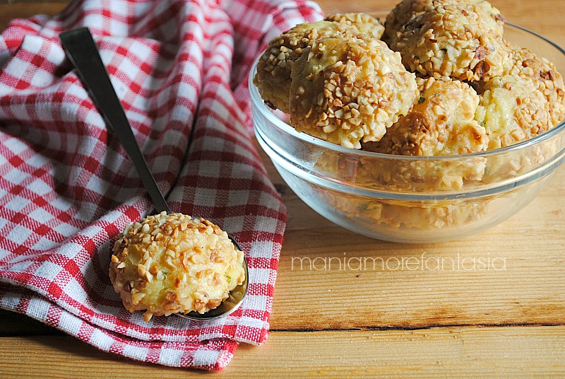 crocchette di patate e arachidi, ricetta fingerfood