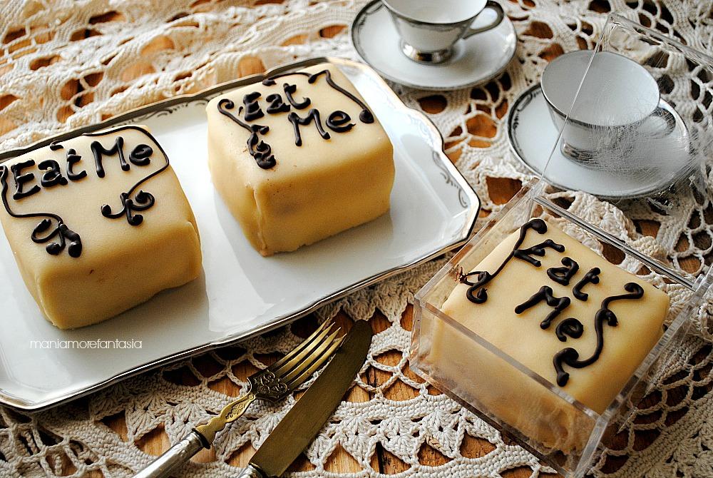 tortine con crema mascarpone e marmellata di fragole