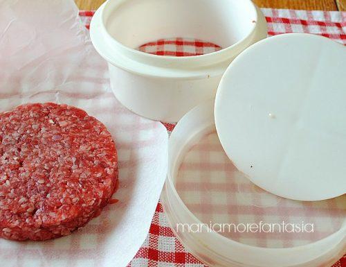 Come usare l'attrezzo per hamburger