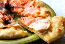 Pizza trilogy, una soffice focaccia con tris fumè!