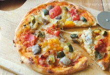 Pizza vegetariana con ratatouille