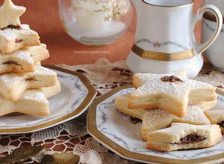 Alberelli di pasta frolla farciti di nutella