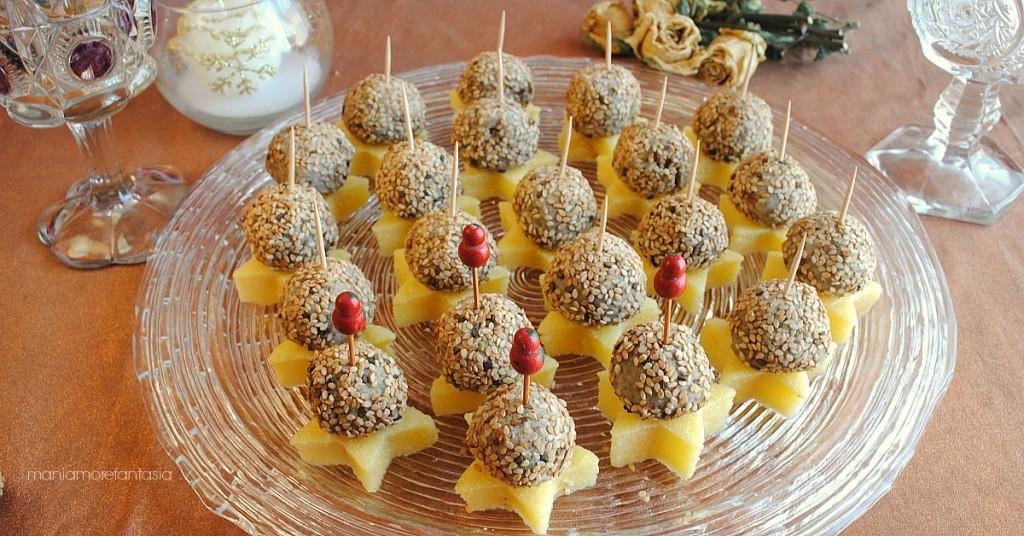 polpette di lenticchie e patate e cotechino su stelline di polenta