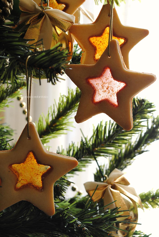 Biscotti Di Natale Effetto Vetro.Biscotti Effetto Vetro Semplici Biscotti Natalizi Biscotti Vetrata