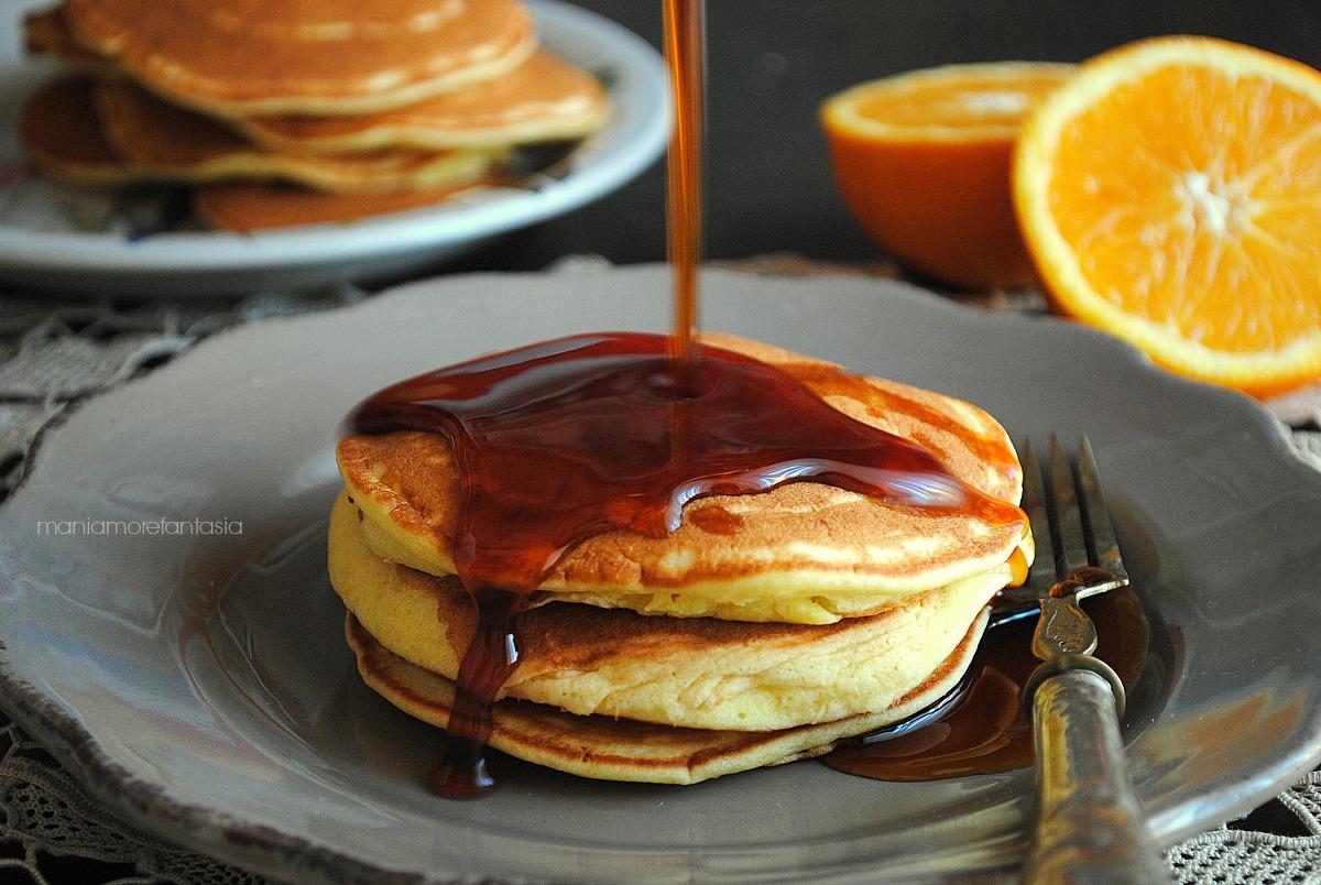 pancake all'arancia con caramello all'arancia fatto in casa