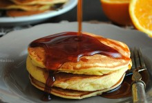 Pancake all'arancia con caramello all'arancia