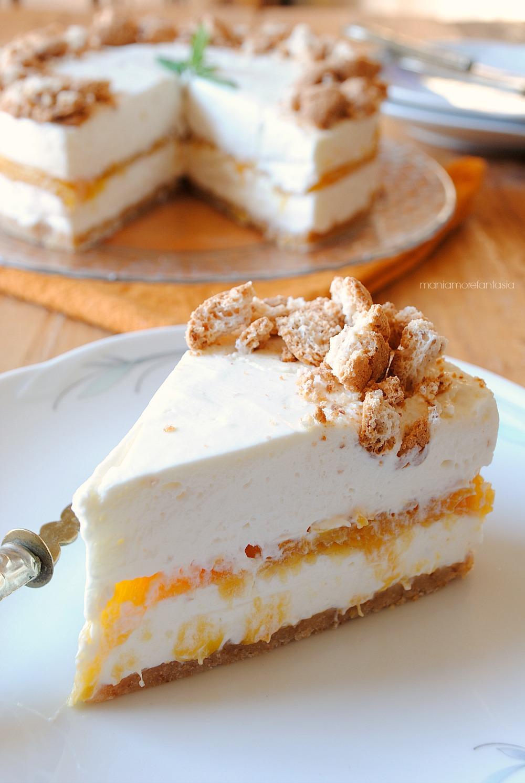 cheesecake pesche e amaretti