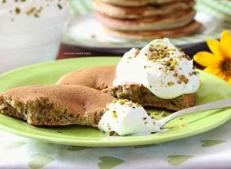 Pancake ai pistacchi, per una colazione coi fiocchi!