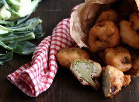 """Broccoli in pastella, i mitici """"vrocculi a pastetta"""" siciliani"""
