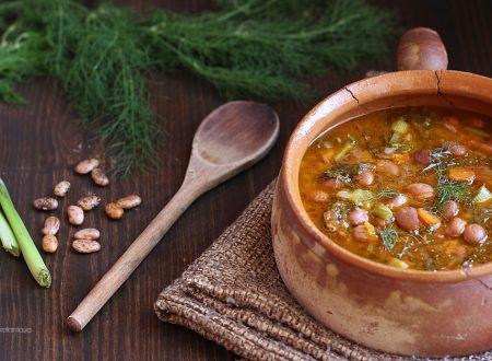 Zuppa di fagioli e finocchietti di montagna