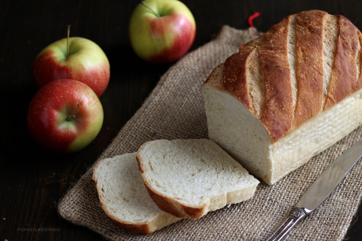 pan brioche con impasto alle mele