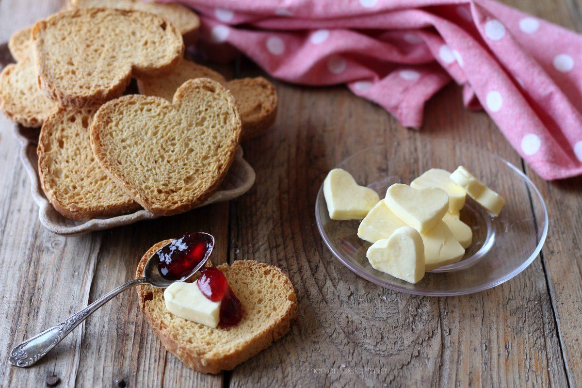 fette biscottate senza latte e senza uova
