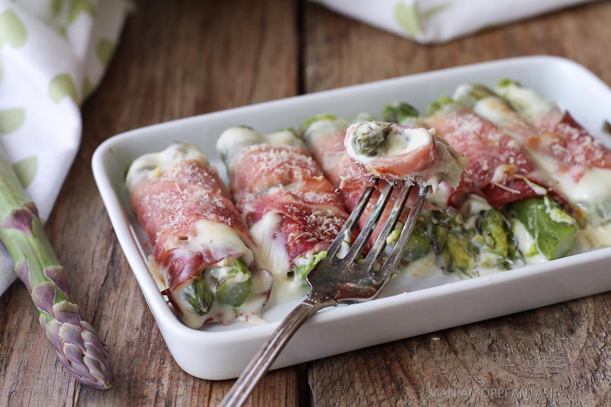 Ricetta Asparagi Al Forno Con Prosciutto E Formaggio.Involtini Di Asparagi E Prosciutto Sfiziosissimi Ricette Con Gli Asparagi