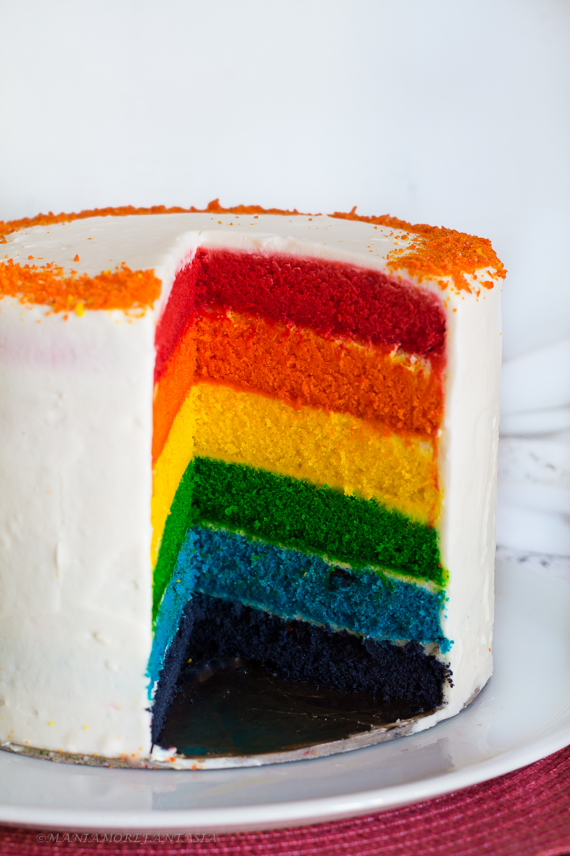 rainbow cake-torta arcobaleno con solo albumi