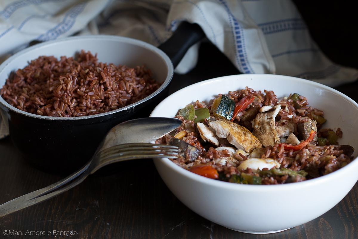 riso rosso con pollo e verdure