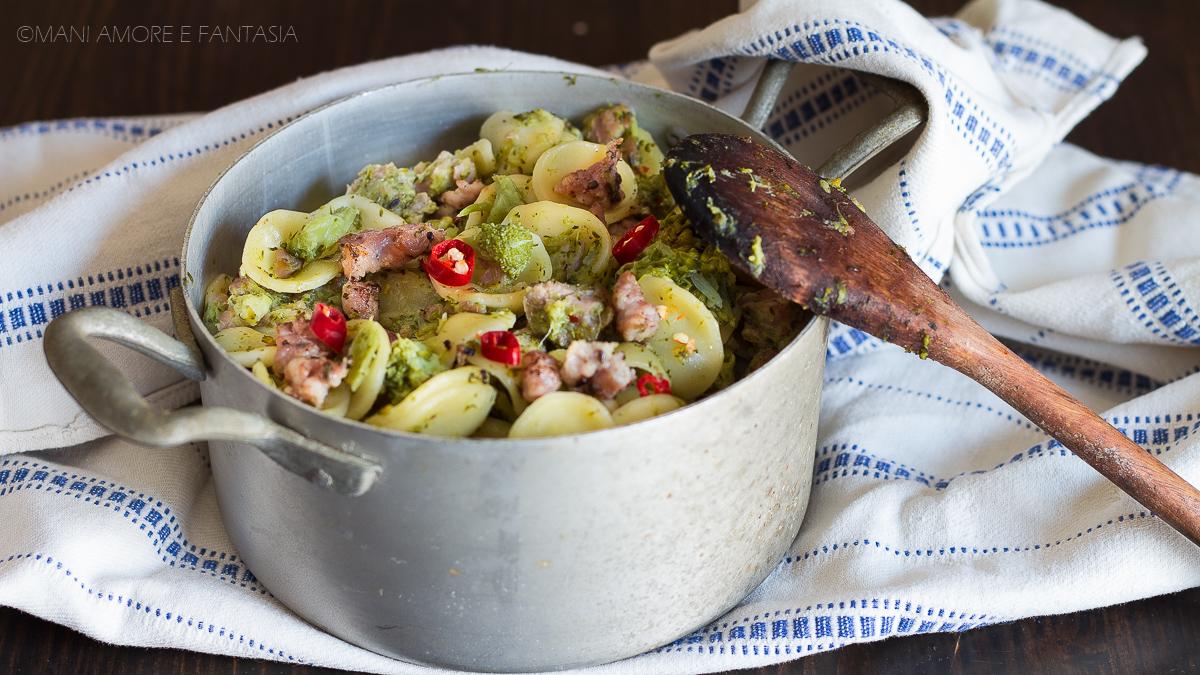 pasta salsiccia e broccoletti