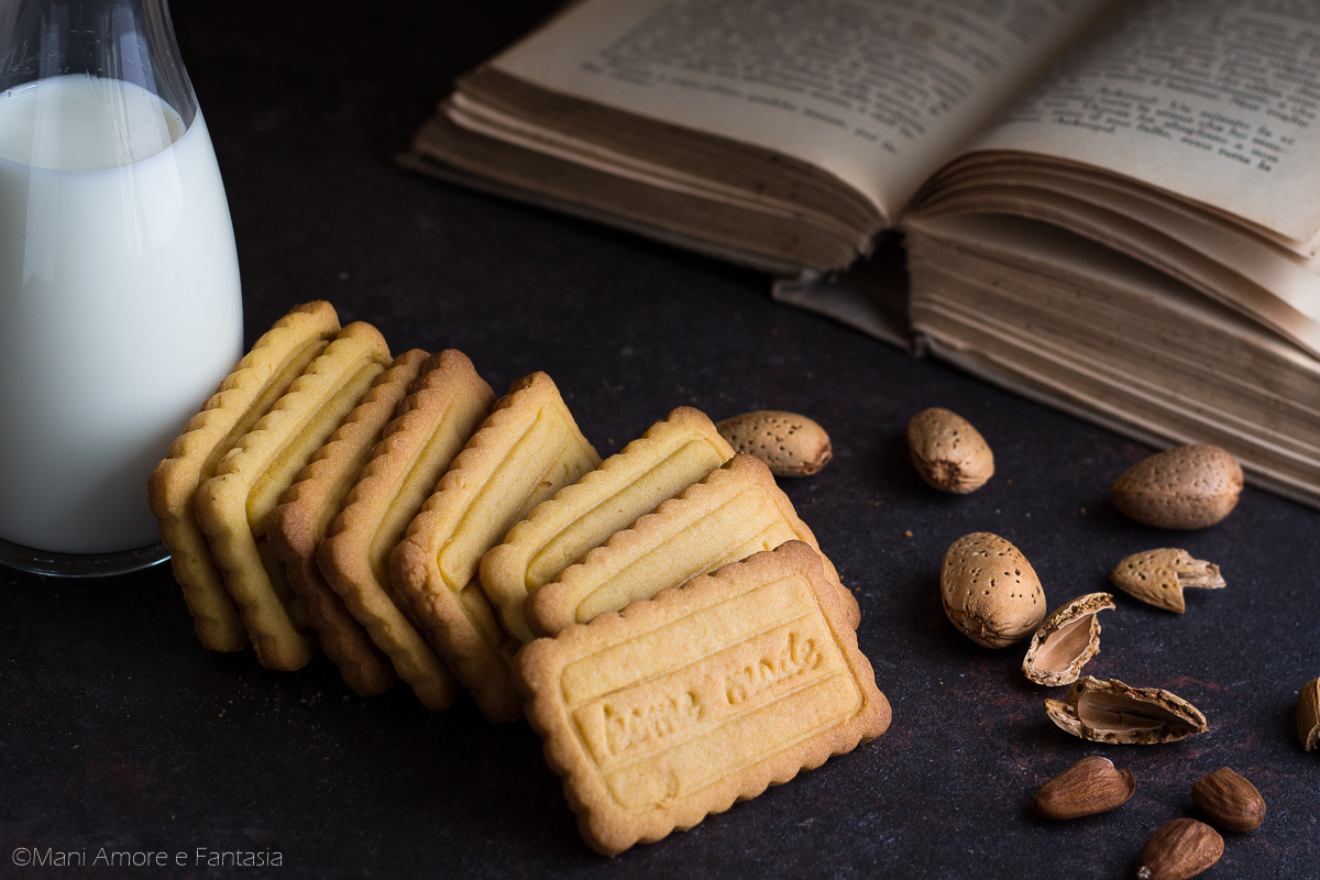 Biscotti di pasta frolla alle mandorle pasta frolla for Pasta frolla planetaria