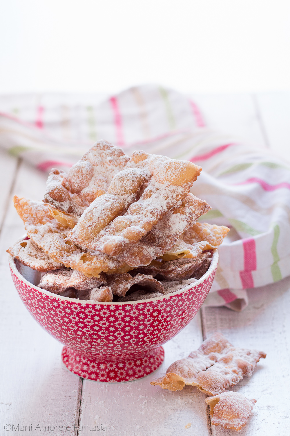 CHIACCHIERE AL BAILEYS CON DUE INGREDIENTI
