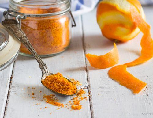 Polvere di scorza di arancia