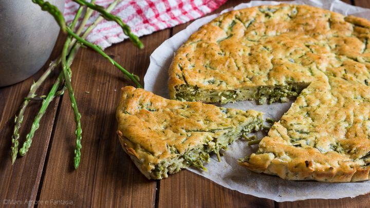 torta di asparagi selvatici alta e morbida