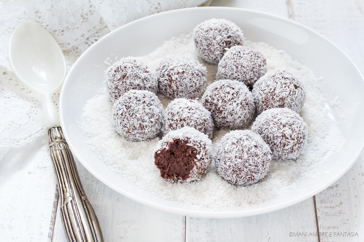 palline cocco ricotta e cacao