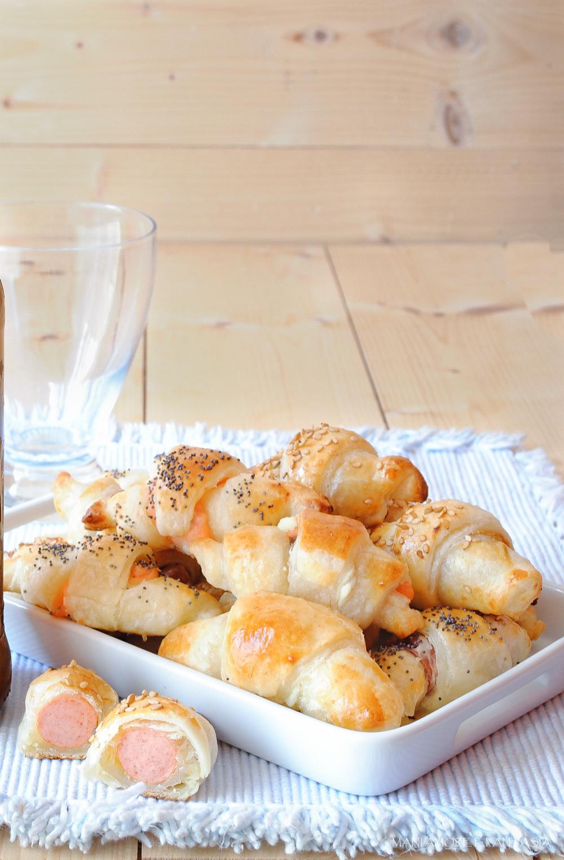 rustici di pasta sfoglia ripieni per antipasti e aperitivi