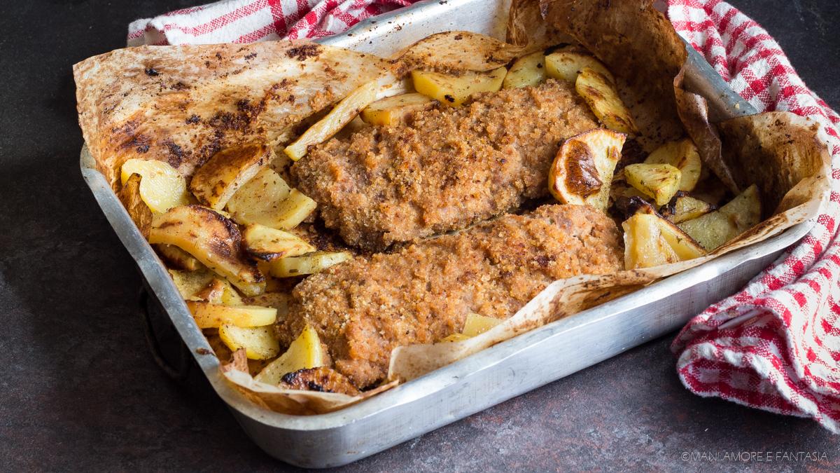 Cotolette di salsiccia con patate al forno secondo piatto sfizioso - Forno e microonde insieme ...