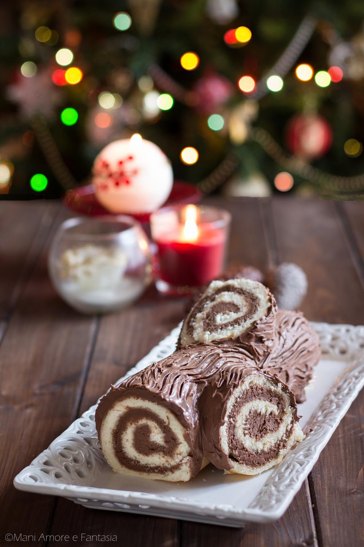 Tronchetto Di Natale Tutorial.Tronchetto Di Natale Facile Rotolo Dolce Di Pasta Biscotto Panna E Cioccolato