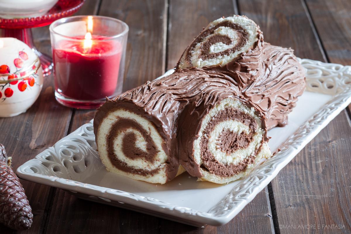 Tronchetto Di Natale.Tronchetto Di Natale Facile Rotolo Dolce Di Pasta Biscotto Panna E Cioccolato