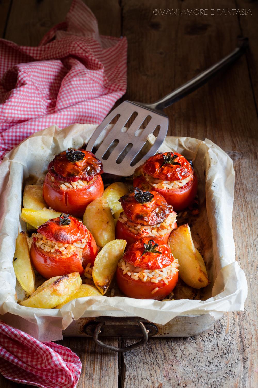 pomodori ripieni di riso al forno alla romana