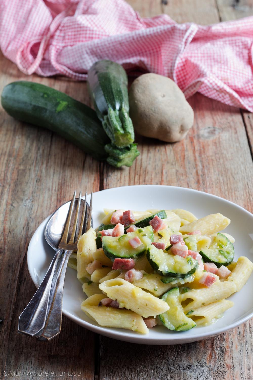 pasta con crema di zucchine e patate