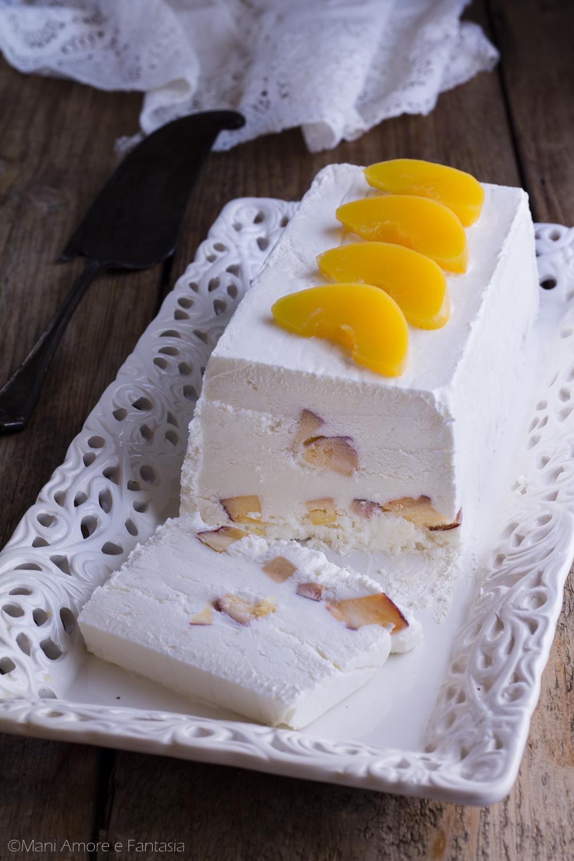 semifreddo yogurt e pesche