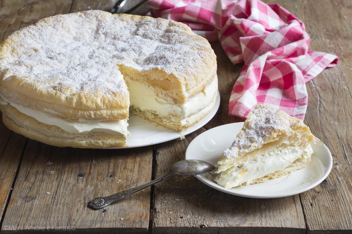 torta di pasta sfoglia alla crema