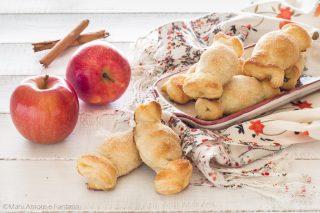 biscotti di sfoglia ripieni di mele