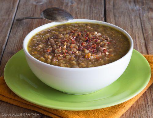 LENTICCHIE PICCANTI SPEZIATE, una zuppa calda e confortevole!