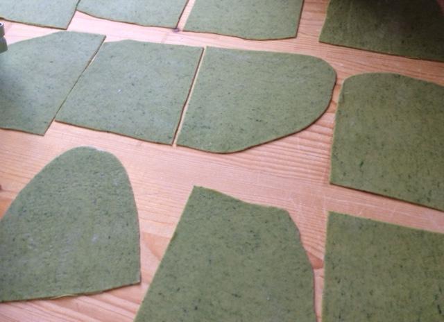 Cannelloni verdi con ripieno di prosciutto cotto e robiola