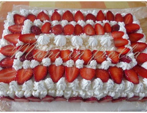 Torta compleanno panna e fragole