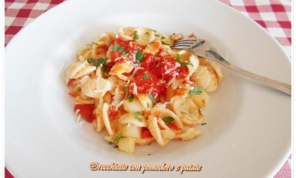 [:it]Orecchiette con pomodoro e patate[:]